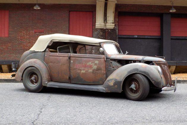 1937-ford-phaeton