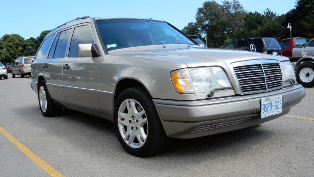 Bf exclusive 1995 mercedes e320 station wagon for Mercedes benz e320 wagon