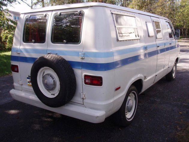 74-explorer-van-5