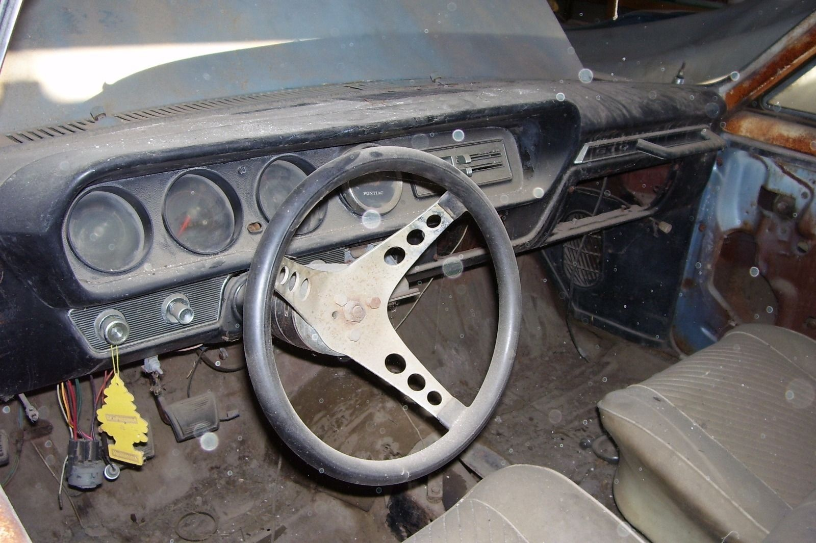 3 deuces and a 4 speed