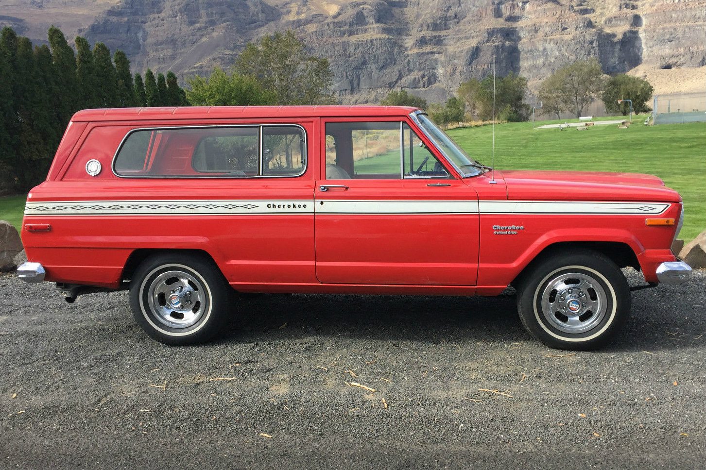 1976 Jeep Wagoneer | The Wagon