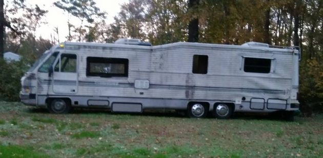 Three Axles and a 454: Mystery Motor Home