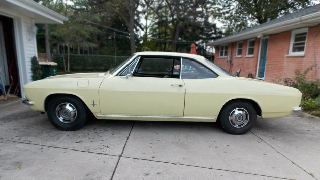 $3,400 Illinois Beauty! 1966 Chevrolet Corvair