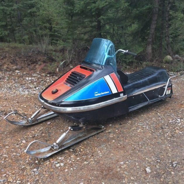 112216-barn-finds-1973-harley-davidson-440-snowmobile-1