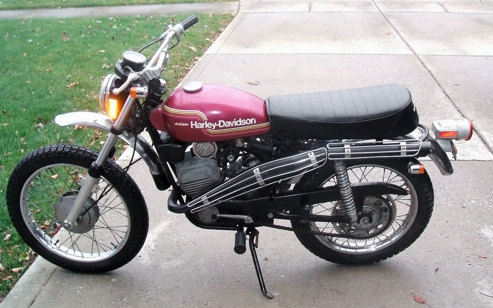 Harley Davidson: 328 Mile Italian: 1974 Harley-Davidson SX-125