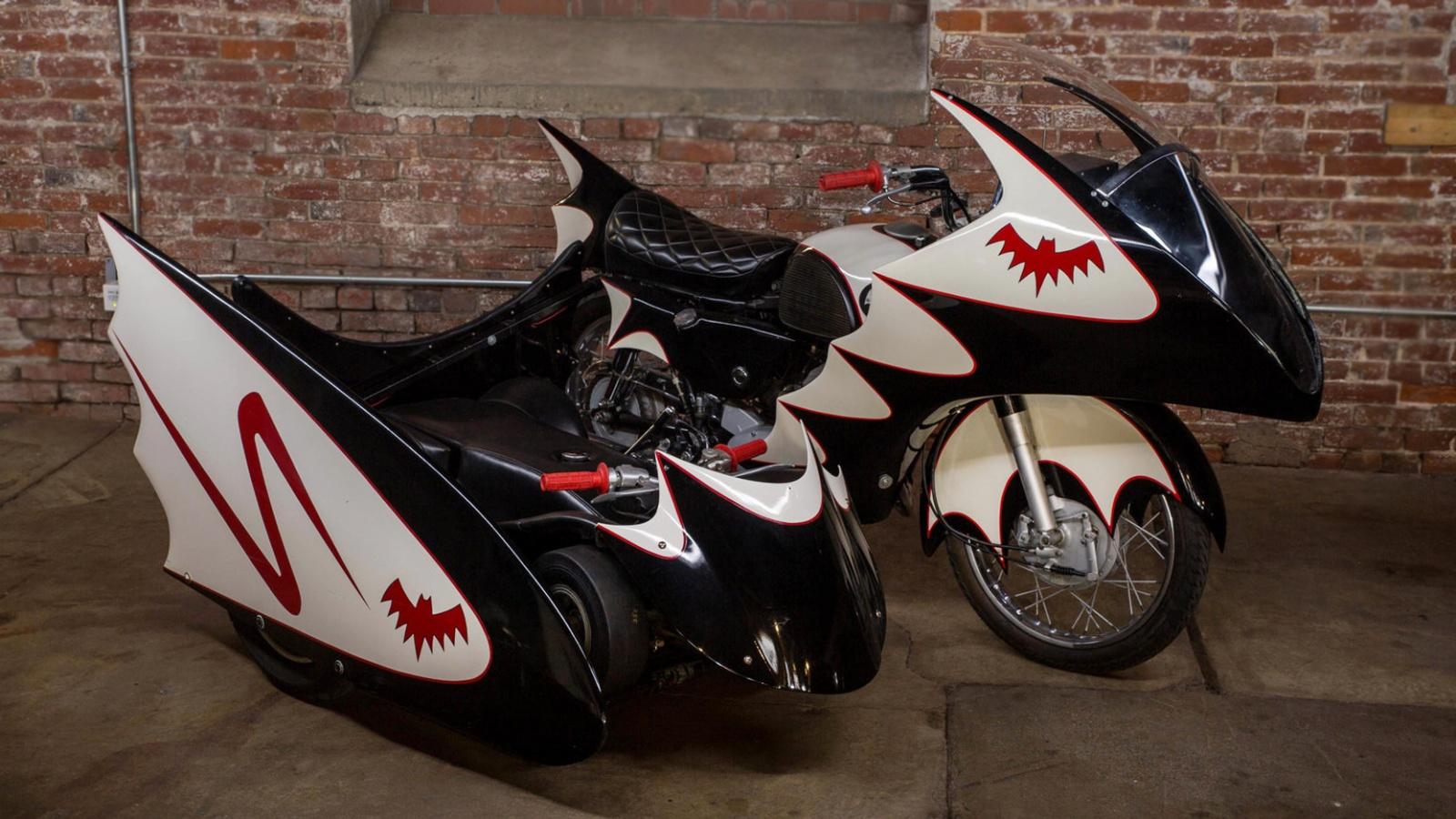 113016-Barn-Finds-1966-Yamaha-Batcycle-1