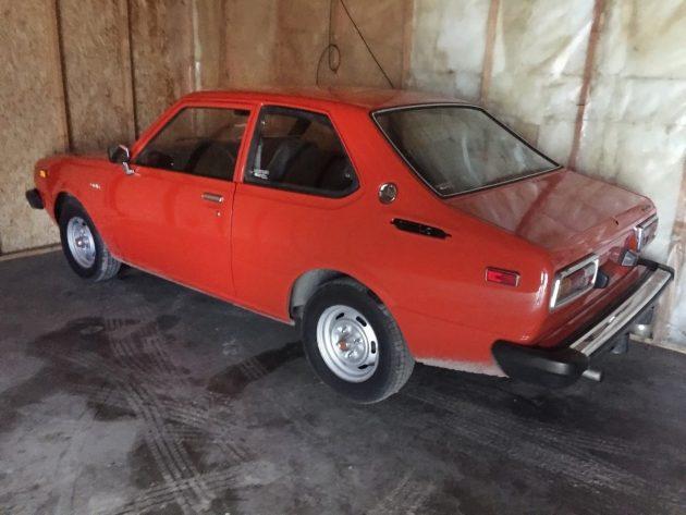 113016-barn-finds-1976-toyota-corolla-dlx-2