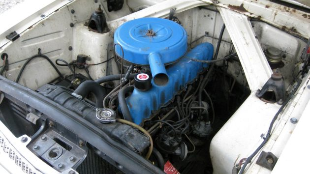 1962-ford-falcon-engine