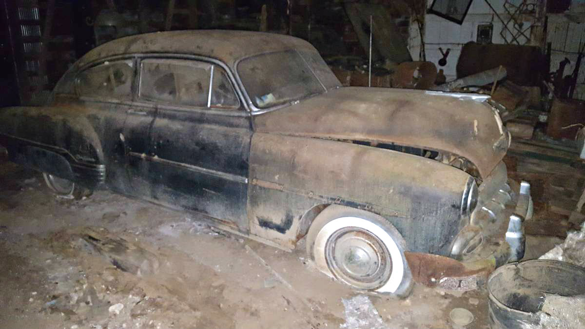 Barn Found 1952 Chevrolet Fleetline