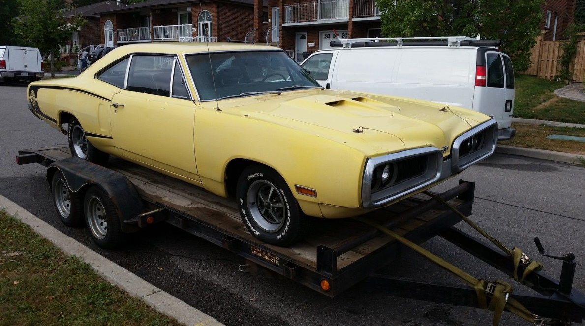 Coronet With Sting: 1970 Dodge Super Bee