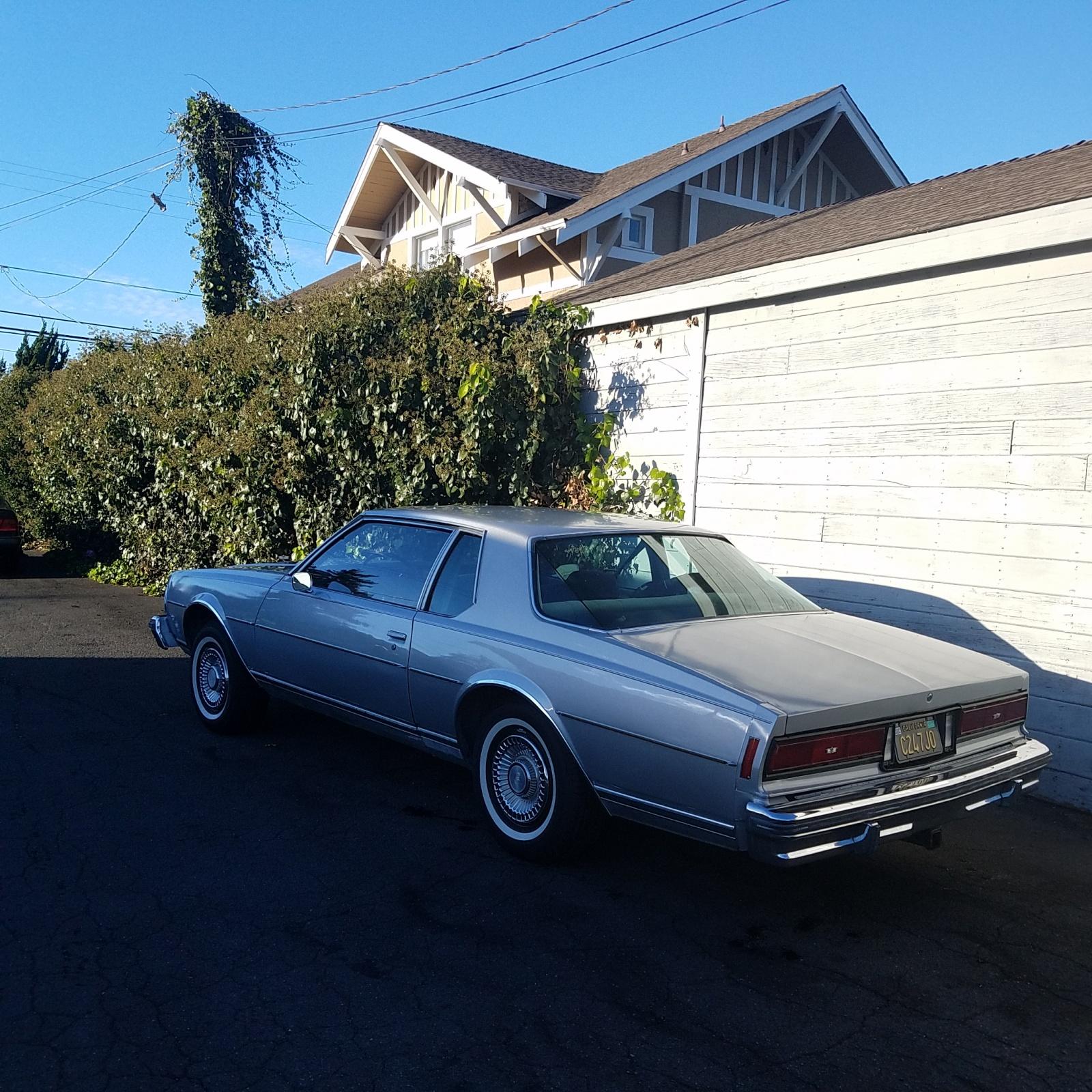 La Craigslist Cars: $3,500 2-Door: 1977 Chevrolet Caprice Classic