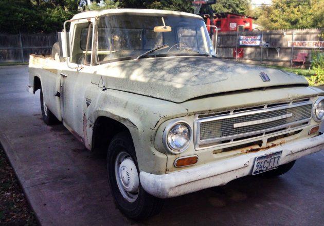120116-barn-finds-1967-international-harvester-1100b-pickup-2