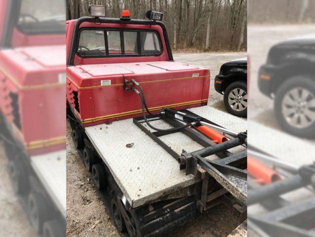 120416-barn-finds-19xx-asv-track-truck-2