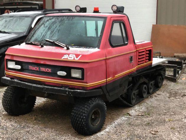120416-barn-finds-19xx-asv-track-truck-3