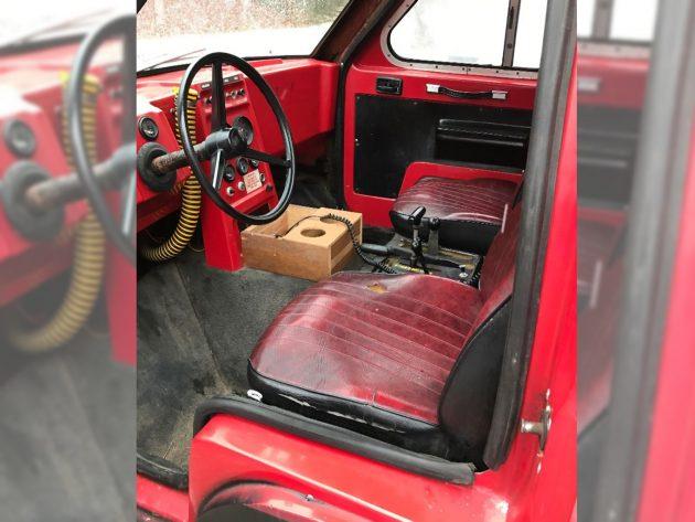 120416-barn-finds-19xx-asv-track-truck-4