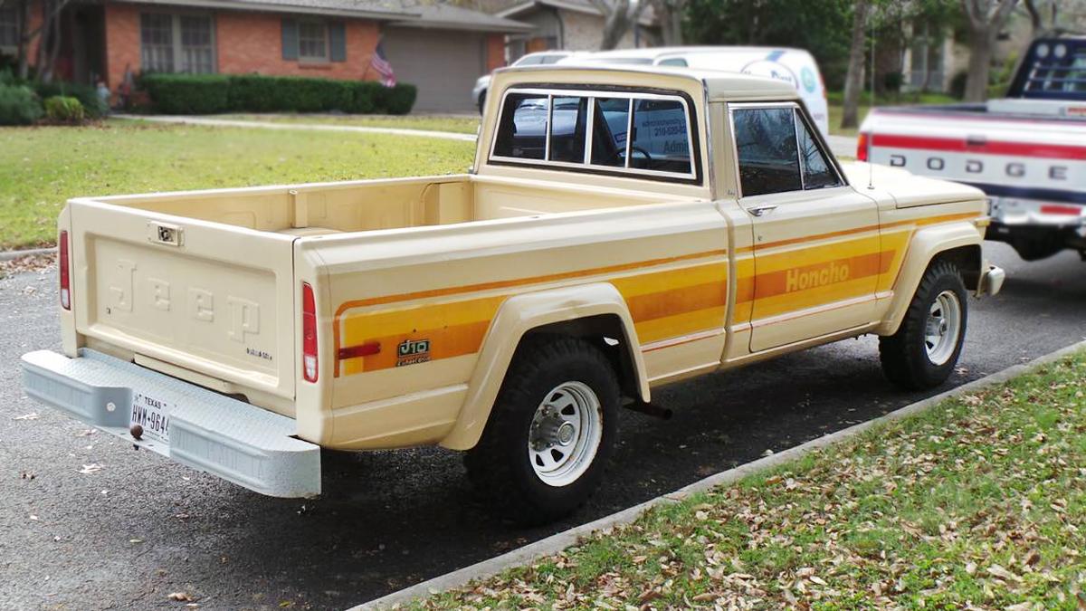 mucho macho: 1982 jeep j-10 honcho