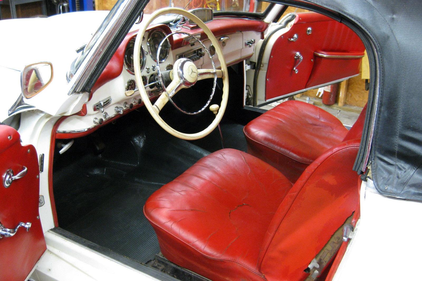 Clean garage find 1960 mercedes 190sl for Garage mercedes paris 12