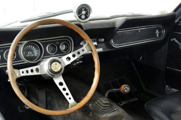 1966-shelby-gt350-dash
