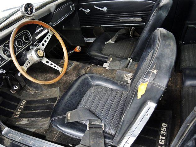 1966-shelby-gt350-interior