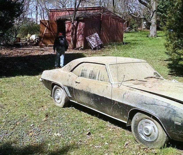1969-camaro-rs