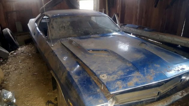 Barn Fresh: 1971 Dodge Challenger R/T