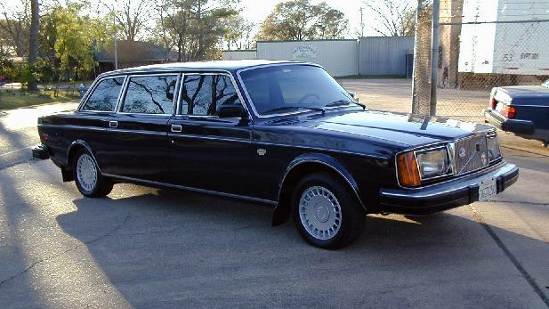 Stretched Swede: 1977 Volvo 264 TE