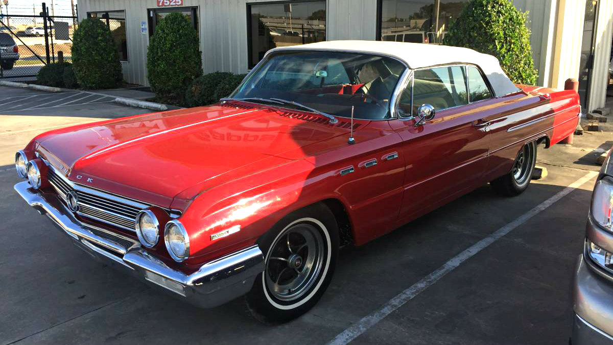 Drop Top Wildcat: 1962 Buick Invicta Convertible