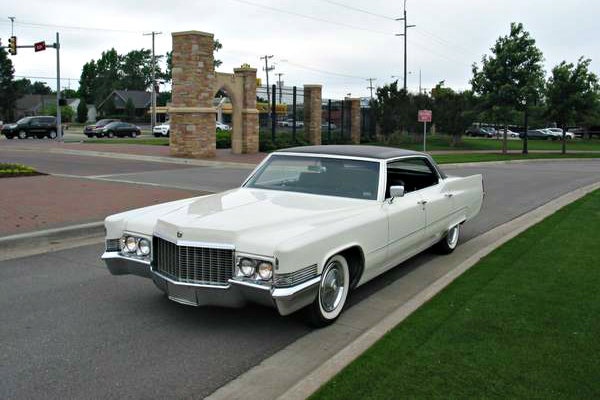 White Christmas: 1970 Cadillac Deville