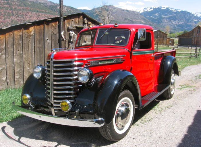 Dry Stored Beauty: 1947 Studebaker Pickup