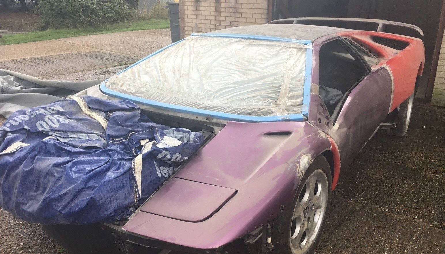 Whats Amazing About This Particular Find Is That Its Not Only A Diablo Project Car But Highly Rare SE30 Edition