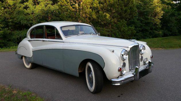 Tempting Me: 1961 Jaguar Mark IX