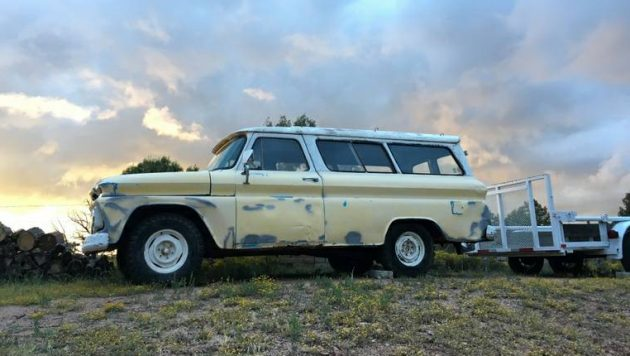 Carry On: 1966 Chevrolet Suburban Carryall