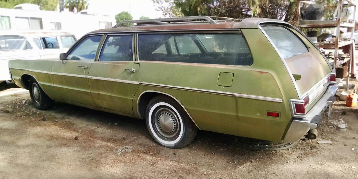 $2,450: 1971 Plymouth Fury Custom Suburban