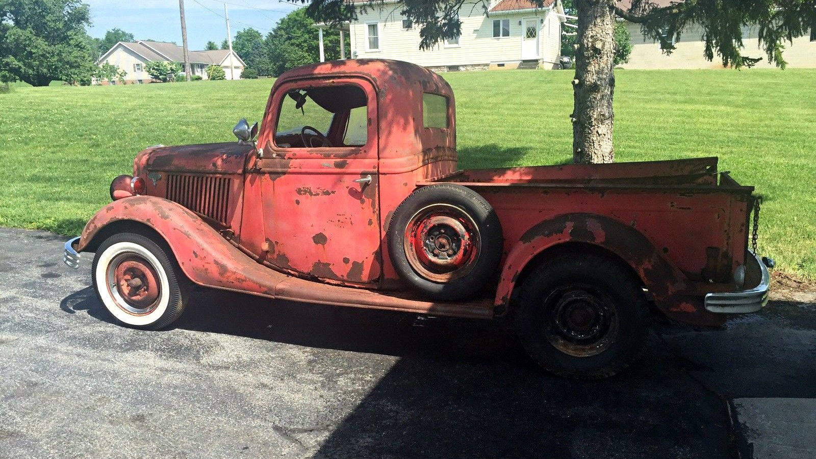 Forest Marooned Hot Rod: 1936 Ford Pickup