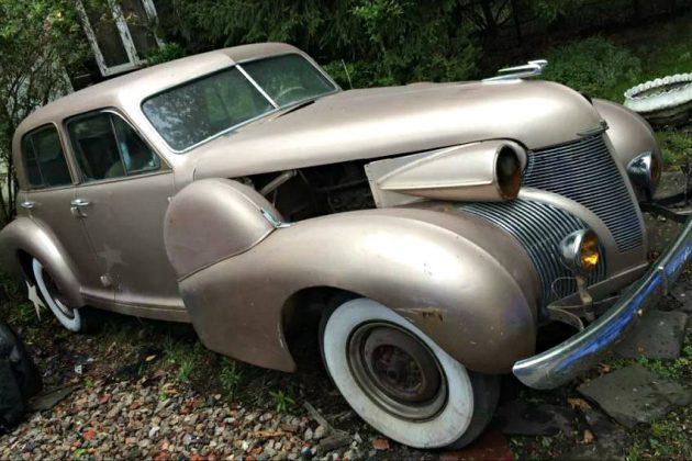 Cheap Royalty: 1939 Cadillac Fleetwood