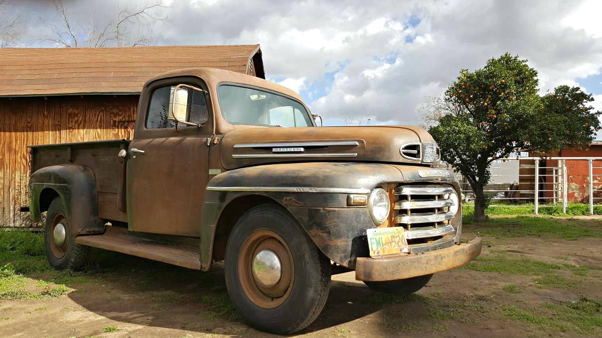 Charming Farm Hand 1949 Mercury M68 Pickup Ford F1 Fenders