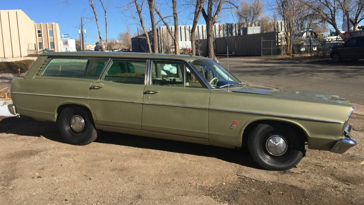 Muscle Wagon: 1967 Ford Country Sedan