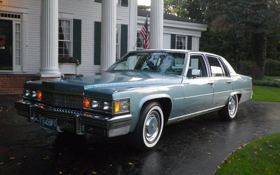 Hqdefault moreover  furthermore D D A F Fb C D in addition Cadlm E as well Cadillac Fleetwood Brougham Interior. on cadillac fleetwood brougham