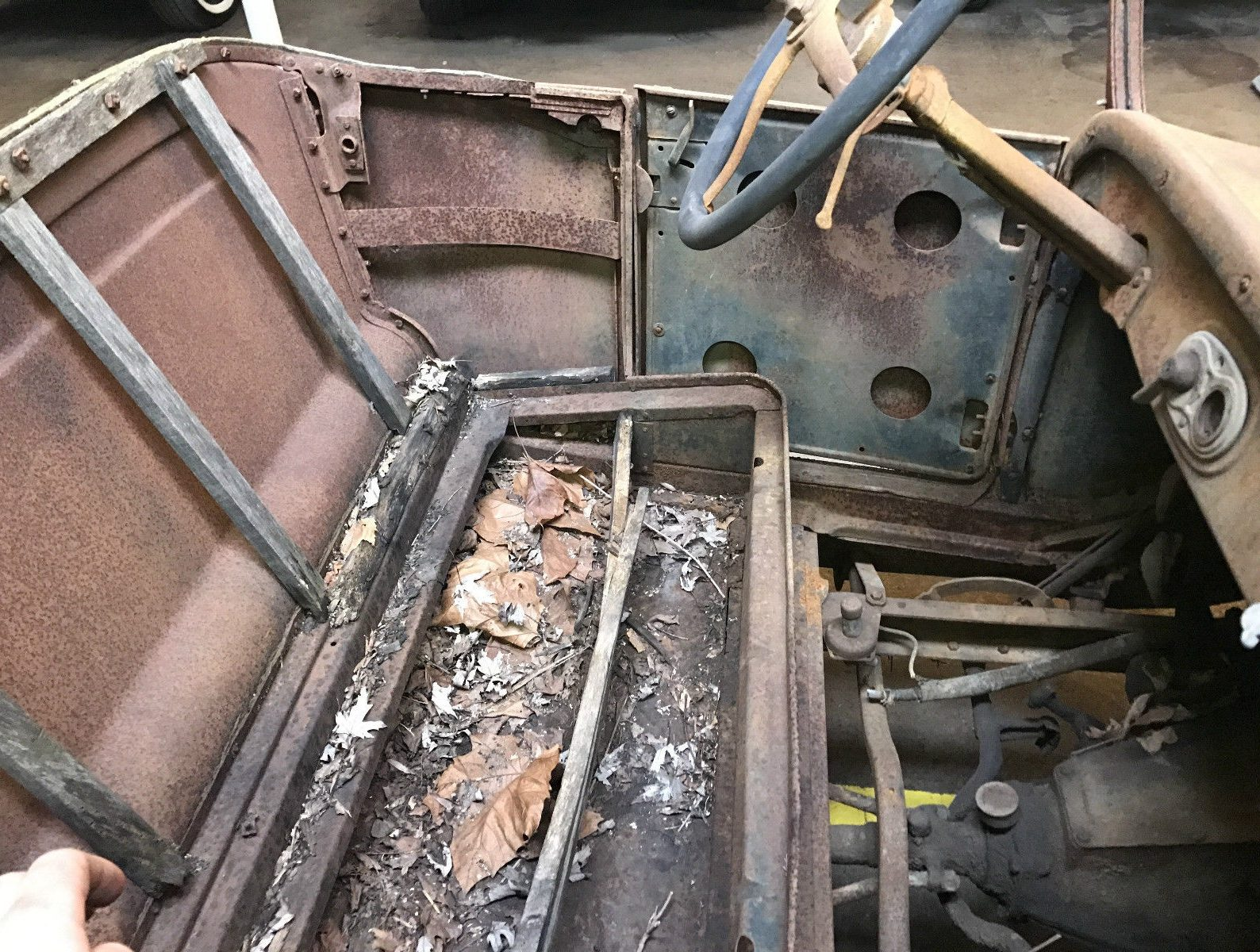 Patina plus 1926 ford model t pickup the vertical wood pieces appear to be rotted near the bottom so likely there are problems elsewhere in the wooden body frame sciox Images