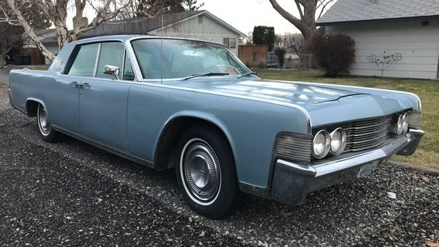 driver or restore it 1965 lincoln continental street find. Black Bedroom Furniture Sets. Home Design Ideas