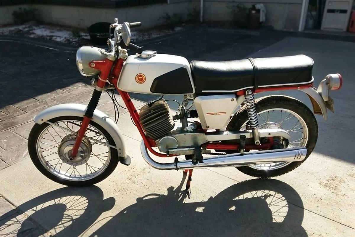 Solid Single: 1968 Sears Lightweight SR125