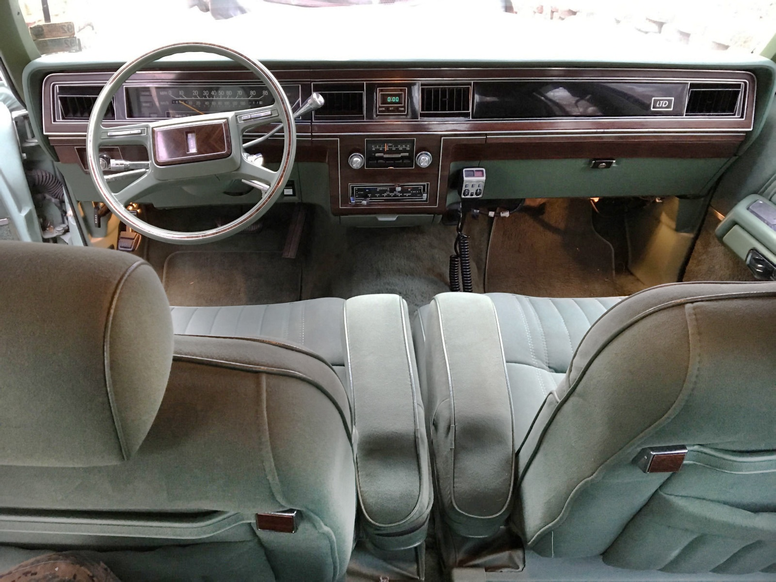 pre fox panther 1979 ford ltd crown victoria. Black Bedroom Furniture Sets. Home Design Ideas