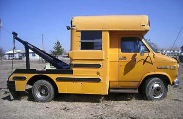 Tow Cool for School: 1984 GMC School Bus Wrecker