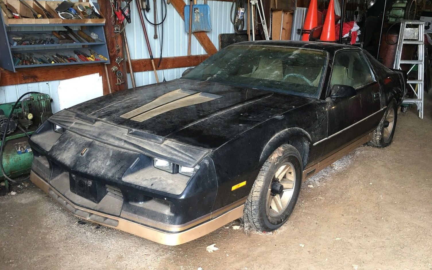 Auctions In Ohio >> 16 Year Sleep: 1983 Chevrolet Camaro Z28