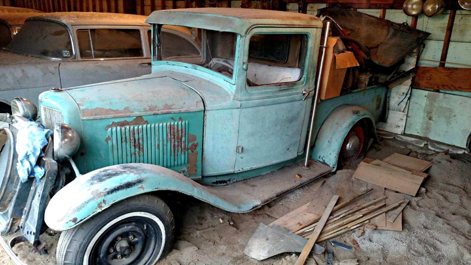Lean To Find 1932 Ford Pickup