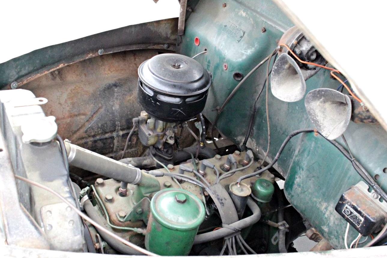 Studebaker Restomod: 1947 Studebaker M5 Pickup