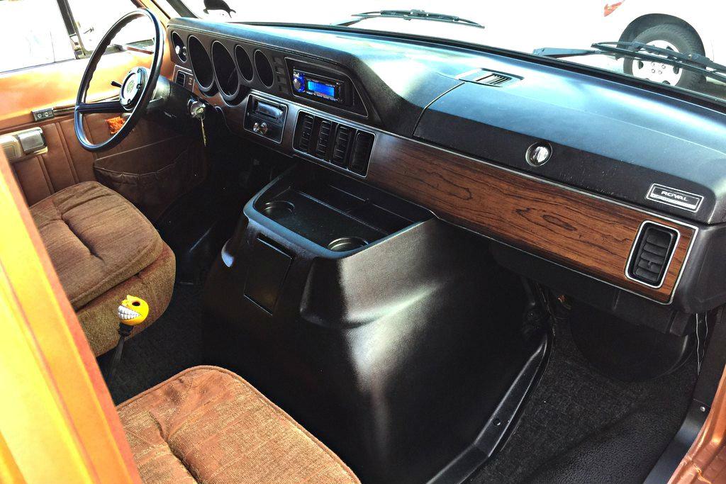 Dodge Ram Van as well Original also Dodge Caravan Interior together with Nissan Nv Passenger Van additionally . on dodge ram van interior