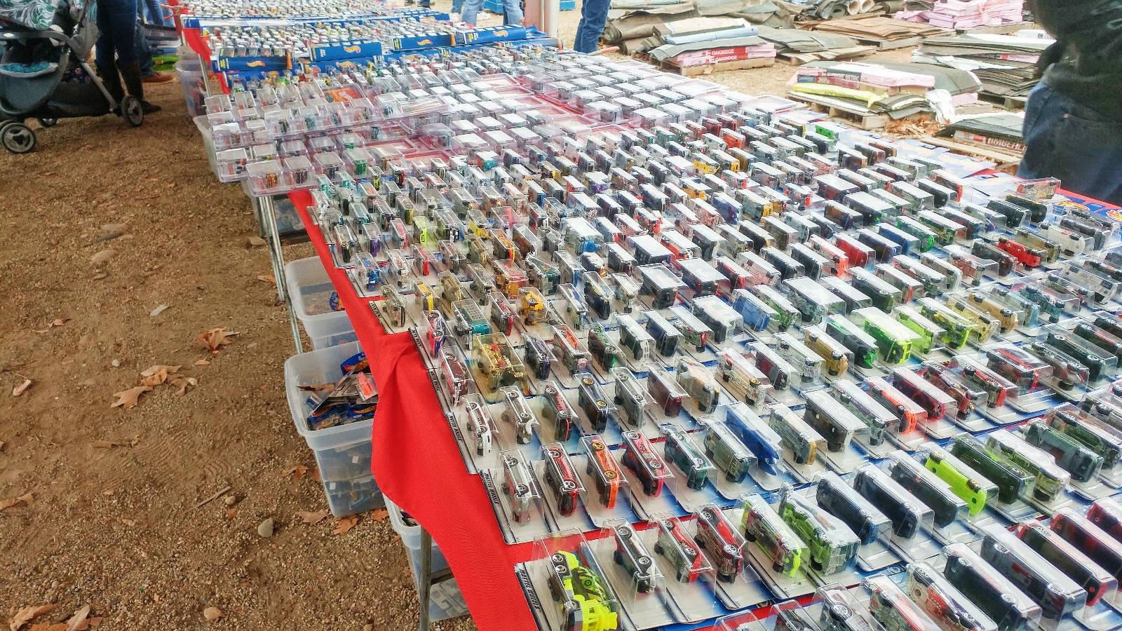 10 000 Hot Wheels At Estate Sale
