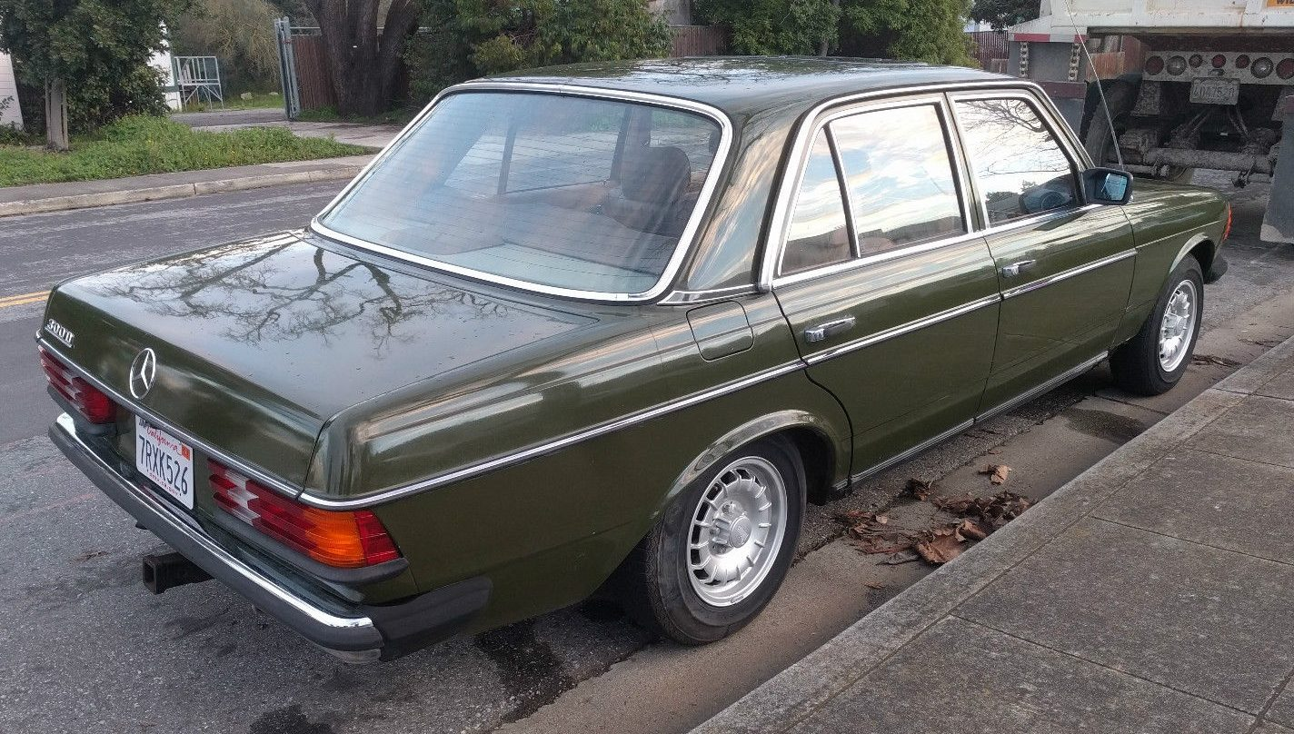 Right Off The Bat Even Those Of You Who Arent Necessarily Euro Car Fans Will Notice This Mercedes Isnt Carrying Ugly Heavy American Bumpers