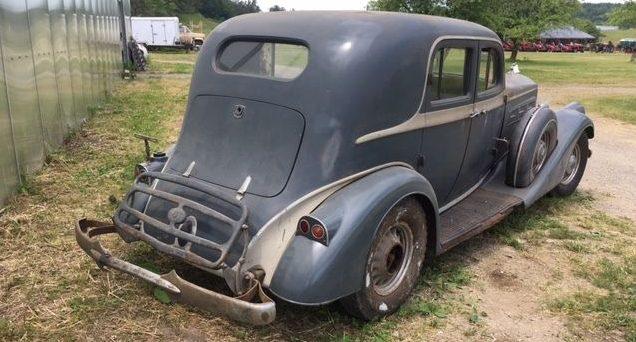 V12 Power: 1935 Pierce Arrow 1245
